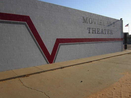 Movie Theater Exterior, Movie Theater in Lamesa, TX